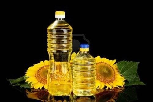 Можно залить подсолнечное масло в гнезда