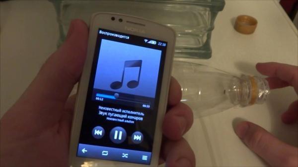 Ниже в статье вы найдете видео ответ на вопрос помогает ли специальный звук, записанный на обычный телефон, отпугнуть комара